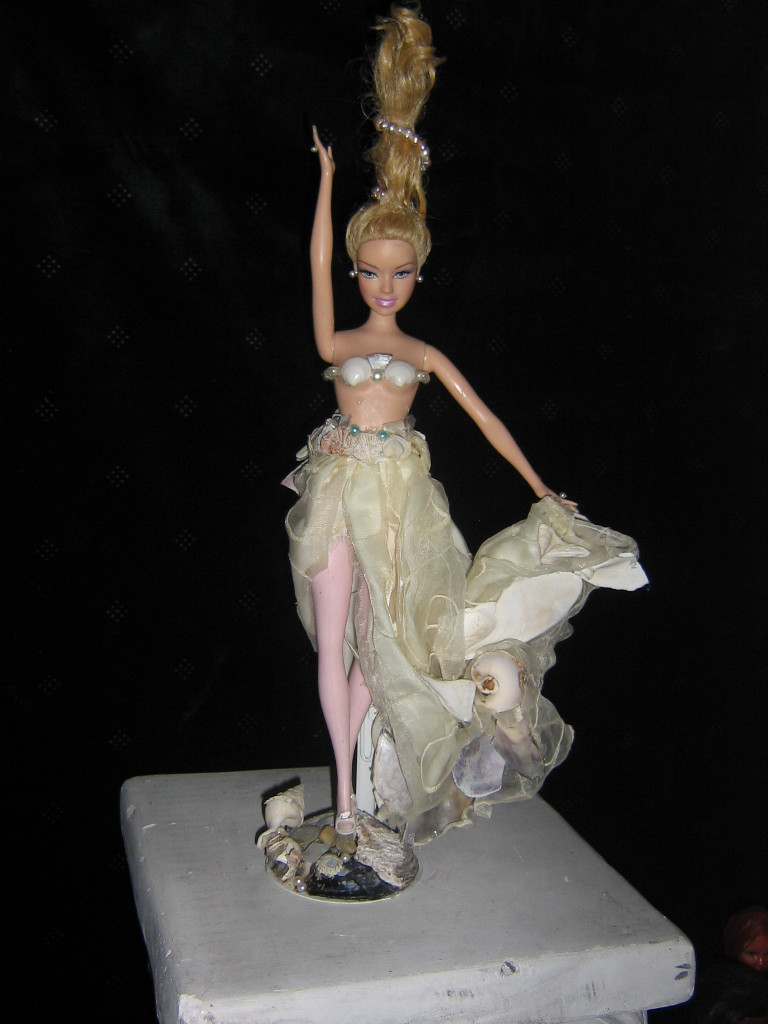 Shellandra Barbie (Front)